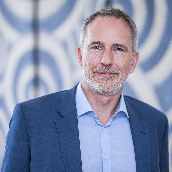 Ulrich Plümecke
